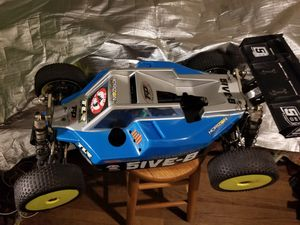 Losi 5ive B buggy 1/5 scale 8s setup, better than traxxas, hpi, arrma for Sale in Pembroke Park, FL