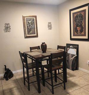 Table for Sale in MAGNOLIA SQUARE, FL