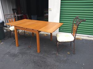 Dinning Table with Two Chairs for Sale. for Sale in Virginia Beach, VA