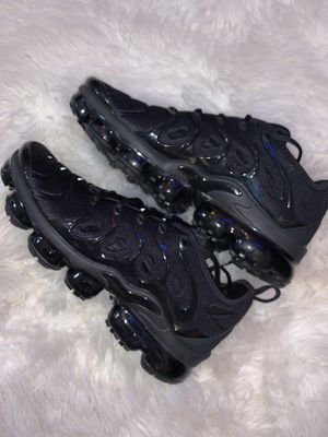 Brand new Nike vapor max plus -size 9.5 men's one month old. Worn once for Sale in Woodland Hills, CA