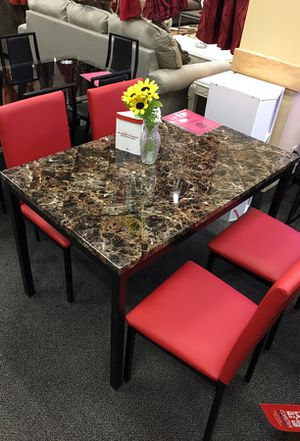 Dining table set for Sale in Hamtramck, MI