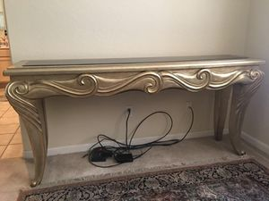 Beautiful console table for Sale in Scottsdale, AZ