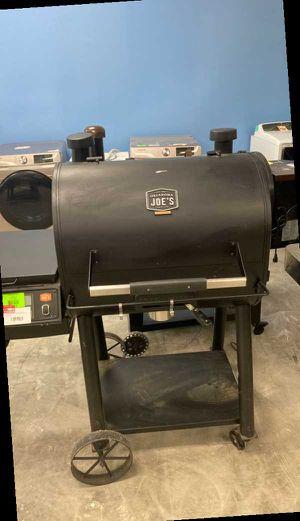 Oklahoma Joe Pellet grill 💨💨💨💨💨 4P9L for Sale in Dallas, TX
