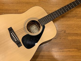 Yamaha F-36P Acoustic Guitar w/Padded Gig Bag for Sale in Yorba Linda,  CA