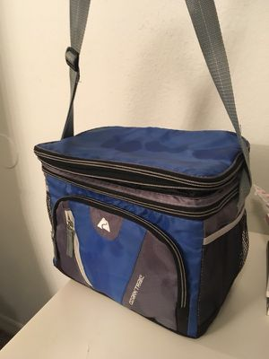 Small Ozark Trail Cooler for Sale in Tampa, FL