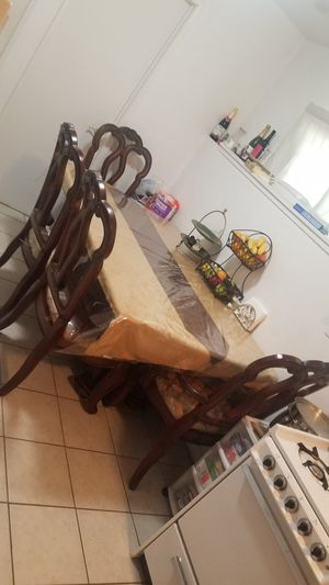 Nice kitchen table for sale for Sale in Union City, CA