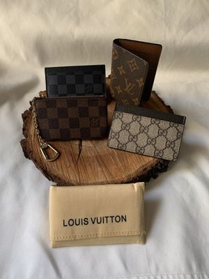 LV wallets and one Gucci Wallet ! for Sale in Dallas, TX