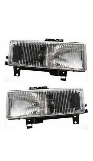 Set of 2 LH & RH Side Headlamp Assembly Fits Chevrolet Express GMC Savana Van for Sale in Chula Vista, CA