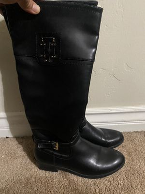 Women's Tommy Hilfiger boots for Sale in Long Beach, CA