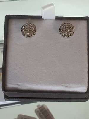Silver diamond earings for woman for Sale in Houston, TX