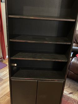 Bookcase for Sale in Edgewood,  WA