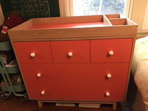 Changing Table with Removable Top for Sale in Los Angeles, CA