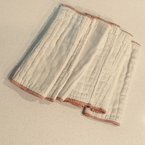 Six Ozocozy Prefolds Burp Cloth Diapers Size 2 for Sale in Redwood City, CA