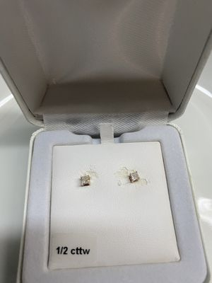 1/2 cttw 14k Gold Diamond Stud Earrings for Sale in Placerville, CA