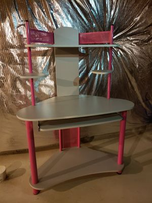 Pink and Grey Desk for Sale in Severn, MD