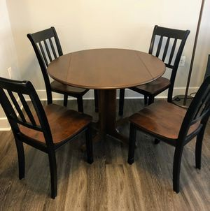 Dining Table with 4 chairs for Sale in Alexandria, VA