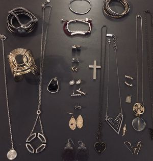 My jewelry collection/design for Sale in Fairfax, VA