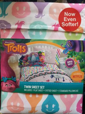 Trolls Twin 3pc Peace and Rainbow Microfiber Sheet Set for Sale in Buckeye, AZ