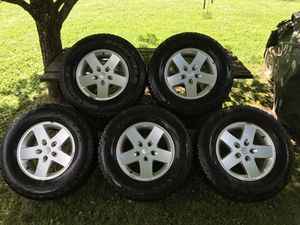 Set of 5 Jeep Rims and Tires 17in for Sale in Chapmanville, WV