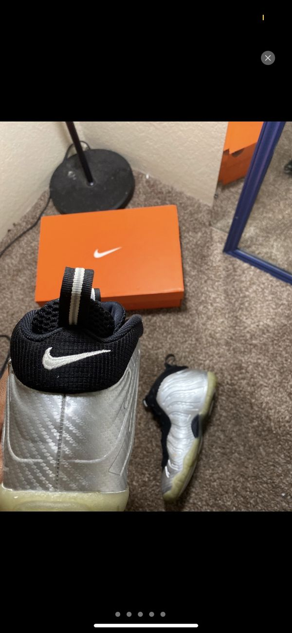 "Nike Air Foamposite ""Silver Surfer"" size 8"