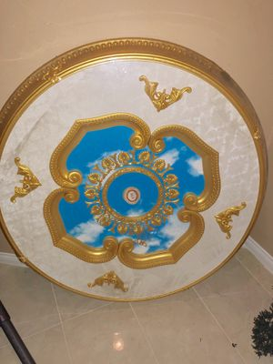 """Beautiful 43"""" Michelangelo brand ceiling medallion for chandelier/ lights etc for Sale in Norco, CA"""