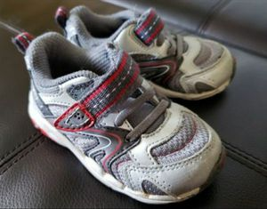 Stride Rite Baby Boy Shoes ,size 5W in Excellent condition for Sale in Everett, WA