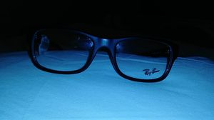 Brand new raybans blk nice ...!!! for Sale in Minneapolis, MN
