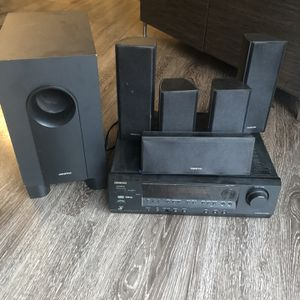 6 Piece Onkyo Stereo System With Receiver for Sale in Kirkland, WA