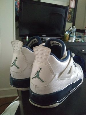 Jordan 4 retro Size 5.5y like new for Sale in Philadelphia, PA