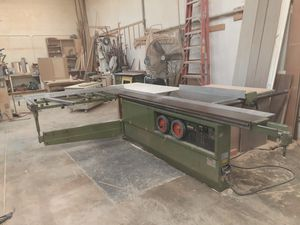 Sliding table saw. for Sale in Chula Vista, CA
