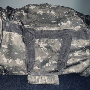 Camouflage Duffle Bag for Sale in Laveen Village, AZ