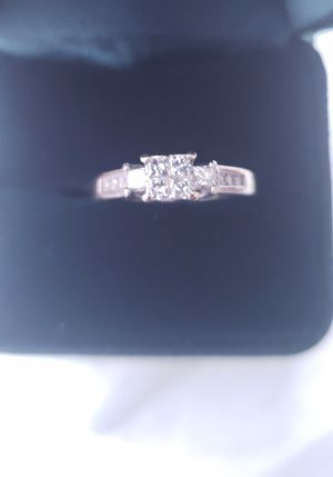 Gorgeous 4-stone Princess Diamond Engagement Ring for Sale in Redmond, WA