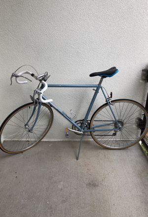 Vintage Raleigh road bike for Sale in Atlanta, GA