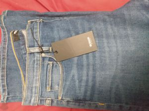 2day only never worn woman jeans for Sale in Chico, CA