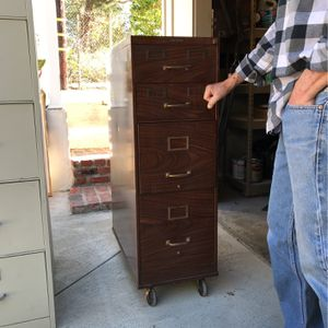 Jamestown Metal File Cabinet for Sale in Altadena, CA