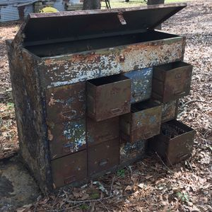 Vintage metal storage chest for Sale in Dublin, GA