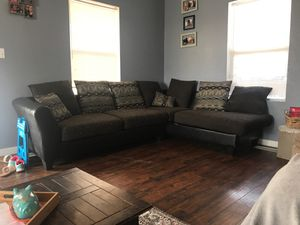 Sectional corner Couch Used Fair Condition for Sale in Elvaston, IL