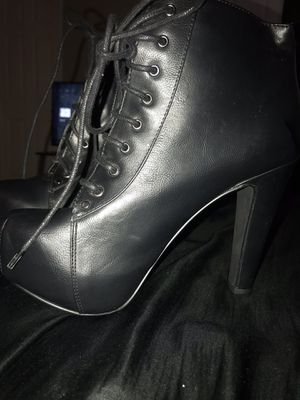 Brand new heels size 8.5 for Sale in Rancho Cucamonga, CA