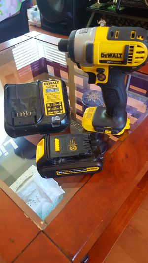 ~DEWALT CORDLESS IMPACT DRILL SET~ for Sale in Moreno Valley, CA