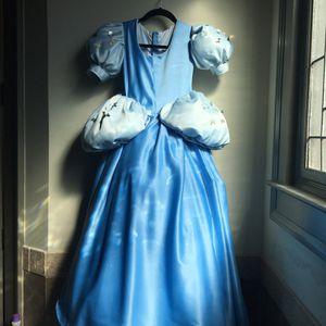 Costume , Cinderella. Girl size 7. for Sale in Braselton, GA