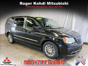 2015 Chrysler Town & Country for Sale in Tigard, OR
