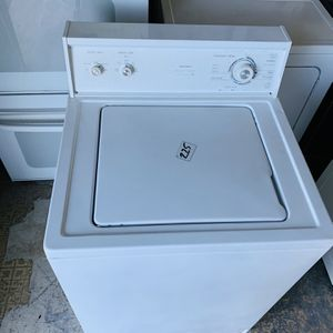 Kenmore Washer In Excellent Condition With 4 Month's Warranty ! for Sale in Pompano Beach, FL