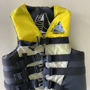 Life Jacket for Sale in Miami, FL