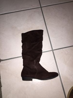 Girl boots for Sale in Lompoc, CA