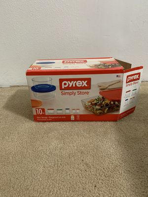 Pyrex food storage for Sale in Portland, OR