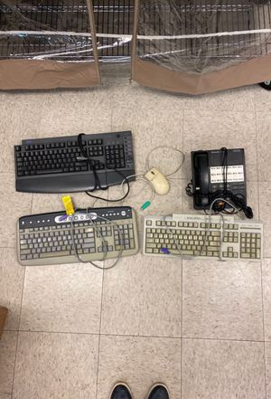 Keyboards, mouse and phone compatible with old hp computers for Sale in Irvine, CA