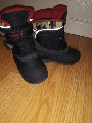 Kamik Toddler Snow boots Size 9 for Sale in Modesto, CA