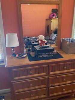 Bassett Girls Three Piece Bedroom Set for Sale in Madison Heights,  VA