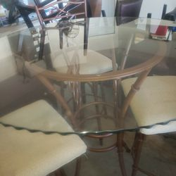 Selling Glass Top Table With 3 Chairs for Sale in Kissimmee,  FL