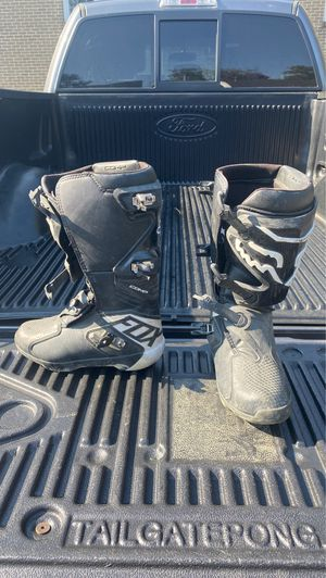 Fox racing pro comp dirt bike boots for Sale in Tyngsborough, MA